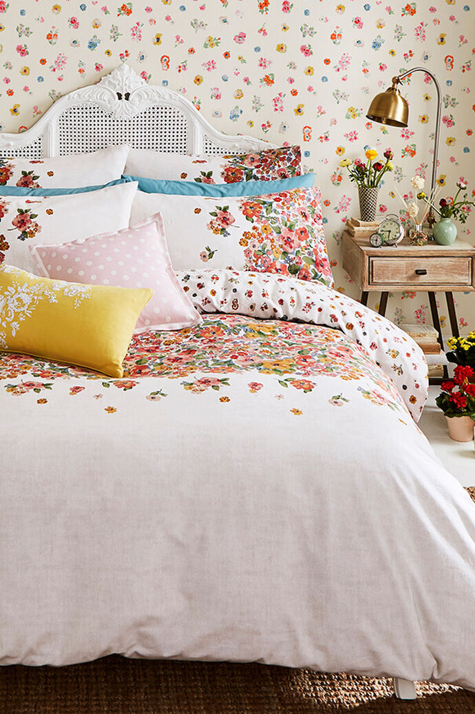 Small Painted Bloom Kingsize Bedding, White Bedding With Small Flowers