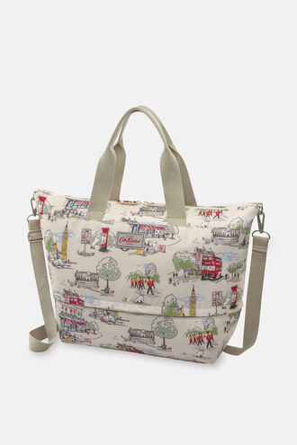 Billie Goes to Town Print Expandable Travel Bag